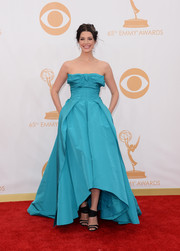 Jessica's full-bodied A-line gown featured a high-low hemline that showed off her shoes.