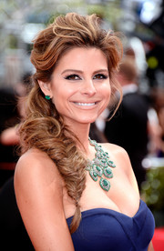 Maria Menounos looked nothing short of glamorous with a perfectly tousled side fishtail braid.