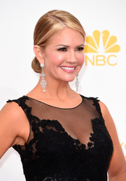 Nancy O'Dell kept it classic with this sleek chignon during the Emmys.
