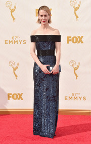 Sarah Paulson was sleek and sophisticated in this beaded blue and black off-the-shoulder dress by Prabal Gurung at the Emmy Awards.