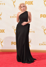 Lady Gaga, is that you? The OTT queen proved she could also do minimalist so breathtakingly with this architectural black one-shoulder gown by Brandon Maxwell during the Emmy Awards.