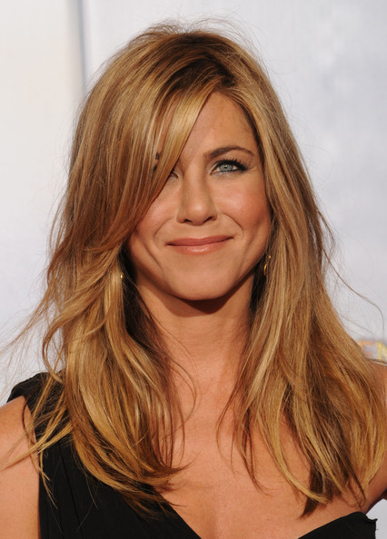 More Pics of Jennifer Aniston Layered Cut (12 of 29) - Jennifer Aniston Lookbook - StyleBistro [jennifer aniston,hair,face,hairstyle,blond,layered hair,long hair,eyebrow,brown hair,chin,hair coloring,golden globe awards,room,press room,beverly hills,california,the beverly hilton hotel]