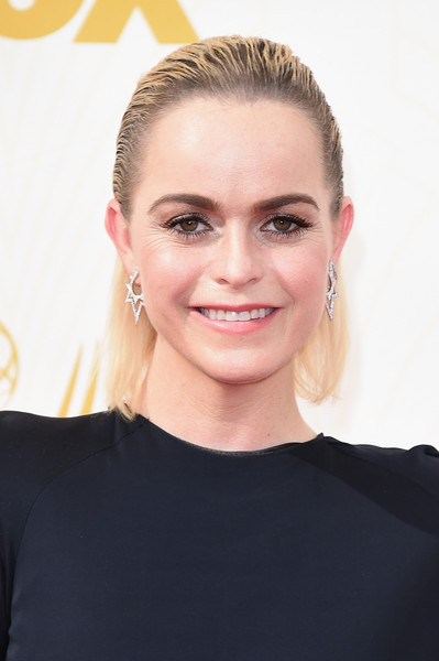 Taryn Manning sported a slicked-back hairstyle at the 2015 Emmys.