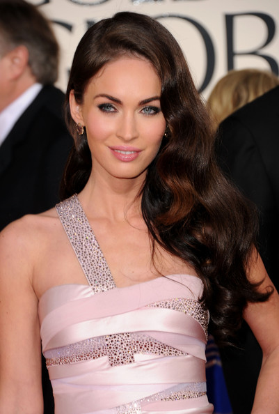 More Pics of Megan Fox False Eyelashes (1 of 17) - Megan Fox Lookbook - StyleBistro