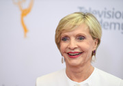 Florence Henderson attended the 2016 Emmy Awards wearing a simple short 'do.
