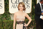 Sarah Hyland at the Golden Globes [Pictures]