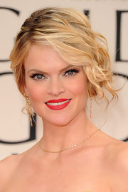 Missi Pyle wore her tousled curls swept to the side and pinned up at the 69th Annual Golden Globe Awards.