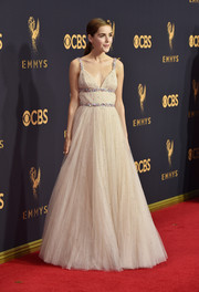 Kiernan Shipka looked quite the princess in a nude Miu Miu empire gown with sparkly embellishments at the 2017 Emmys.