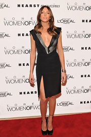 Katie Cassidy took the plunge in a black and gray tailored cocktail dress for the Women of Worth Awards.