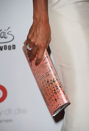 Eva la Rue went to the Pink Party carrying a stylish crocodile clutch in, what else, a lovely pink hue.