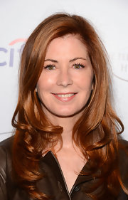 Dana Delany kept her look soft and radiant with lovely loose waves.