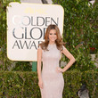 Maria Menounos Wears Celia Kritharioti at the 2013 Golden Globes