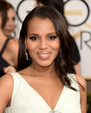 Kerry Washington went for a no-frills look with this simple side-parted 'do at the Golden Globes.