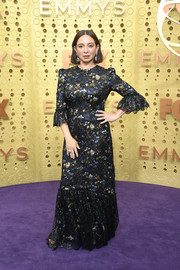 Maya Rudolph kept it ladylike in a floral gown with ruffled sleeves at the 2019 Emmy Awards.