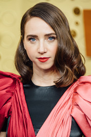 Zoe Kazan looked vintage-glam with her shoulder-length waves at the 2019 Emmy Awards.