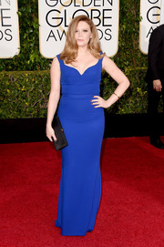 Natasha Lyonne was minimalist-elegant in an electric-blue column dress by Reem Acra at the Golden Globes.