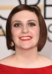 Sticking to her trademark bob, Lena Dunham looked as adorable as ever at the Golden Globes.