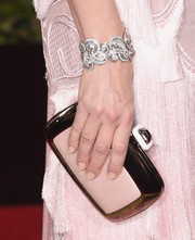 Cate Blanchett went for a head-to-toe pastel pink look with her round clutch to match her nails and Givenchy dress at the 2016 Golden Globes Awards.
