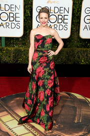Rachel McAdams oozed femininity in a strapless floral gown by Lanvin during the Golden Globes.