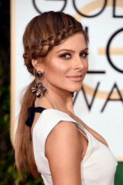 Maria Menounos was boho-glam with her low ponytail and crown braid at the Golden Globes.