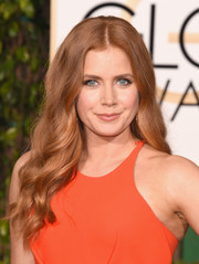 Amy Adams sported hippie-glam waves at the Golden Globes.