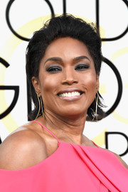 Angela Bassett went punk-glam with this messy 'do at the Golden Globes.