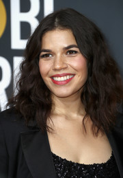 America Ferrera attended the 2018 Golden Globes wearing a high-volume curly 'do.