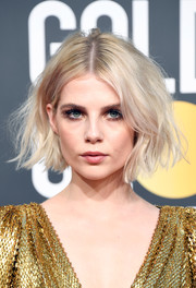 Lucy Boynton looked super cool with her messy bob at the 2019 Golden Globes.