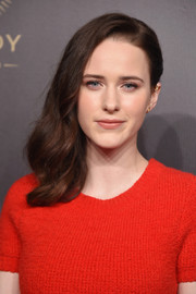 Rachel Brosnahan looked sweet wearing her hair in side-swept waves at the 2018 Peabody Awards.