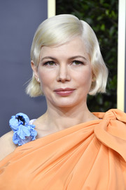 Michelle Williams looked darling with her short wavy 'do at the 2020 Golden Globes.