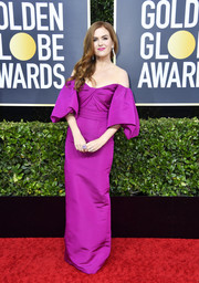 Isla Fisher looked darling in a magenta off-the-shoulder gown by Monique Lhuillier at the 2020 Golden Globes.