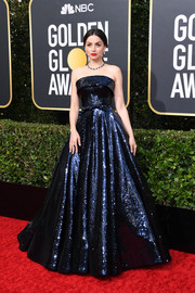 Ana de Armas gave us princess vibes in a strapless navy sequined ballgown by Ralph & Russo at the 2020 Golden Globes.
