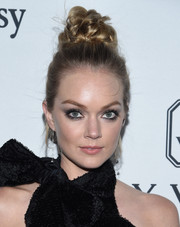 Lindsay Ellingson attended the amfAR Inspiration Gala rocking an elaborate top knot.