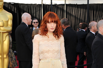 Florence Welch 2011 Oscar Beauty Look