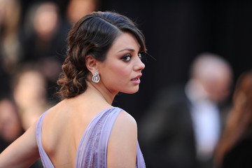 Mila Kunis Is Perfectly Coiffed with a Classic Updo at the Oscars 2011