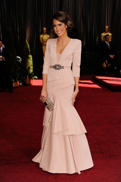 Louise Roe wears Black Halo at the Oscars
