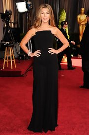 Nina Garcia went for simple elegance at the Academy Awards with this black evening dress featuring a geometric neckline.