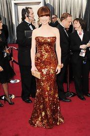 Ellie Kemper dazzled in fall colors at the 2012 Oscars.