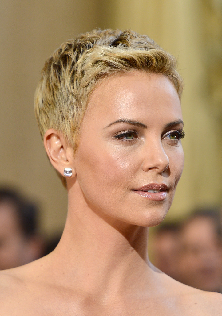 More Pics Of Charlize Theron Pixie 50 Of 86 Short
