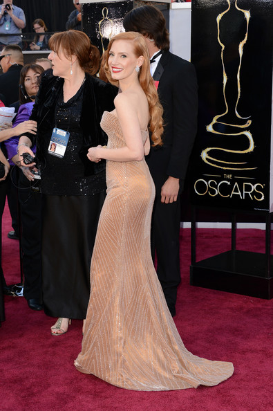 More Pics of Jessica Chastain Strapless Dress (1 of 103) - Strapless Dress Lookbook - StyleBistro