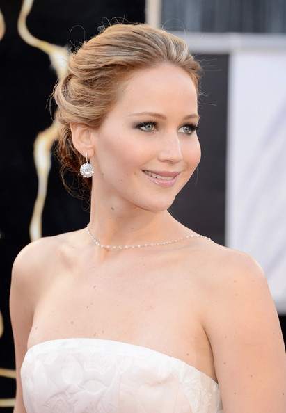 Jennifer Lawrence at the 2013 Oscars