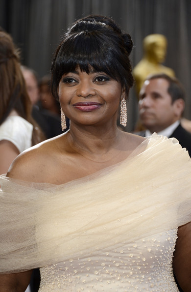 More Pics of Octavia Spencer Berry Lipstick (1 of 16) - Octavia Spencer Lookbook - StyleBistro