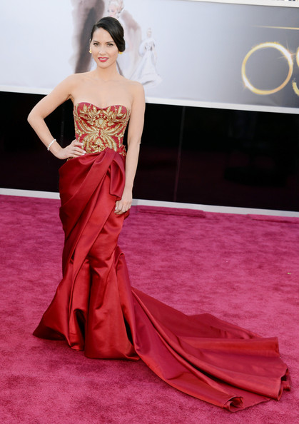 In Marchesa At The 2013 Academy Awards