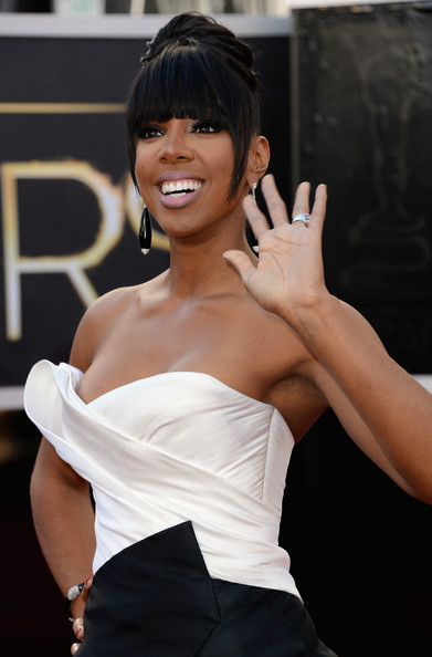 More Pics of Kelly Rowland Strapless Dress (7 of 16) - Kelly Rowland Lookbook - StyleBistro