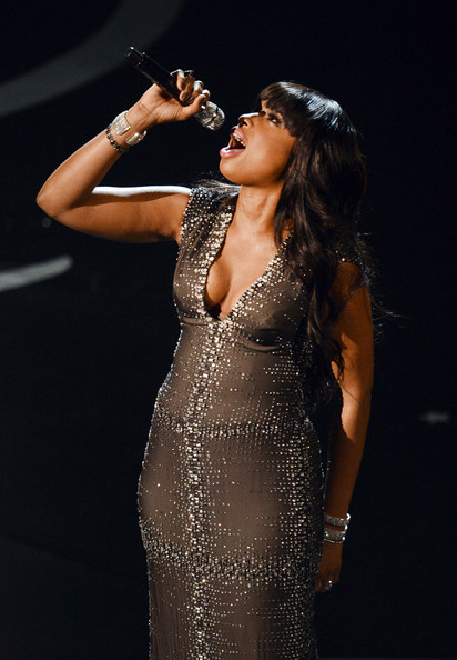 More Pics of Jennifer Hudson Evening Dress (1 of 9) - Jennifer Hudson Lookbook - StyleBistro