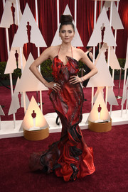 Blanca Blanco looked a little theatrical in a papier-mâché-inspired halter gown during the Oscars.