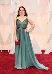 America Ferrera looked ethereal in an ombre green Jenny Packham Grecian gown during the Oscars.