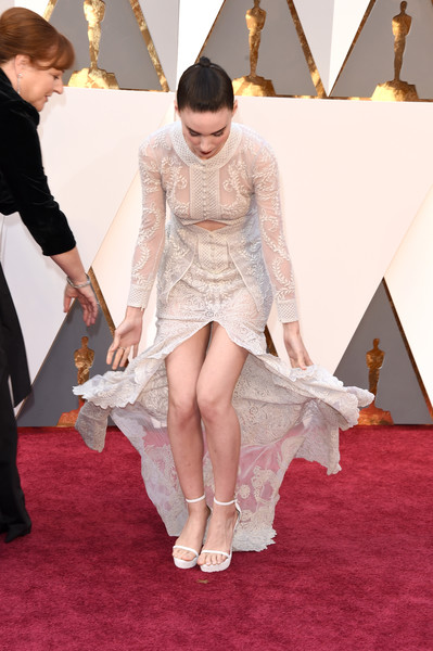 Rooney Mara paired white ankle-strap platforms with an embroidered gown for the 2016 Oscars.