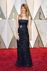 Laura Dern sparkled so elegantly in a beaded midnight-blue gown by Rodarte at the 2017 Oscars.