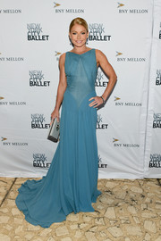 Kelly Ripa looked regal in a flowing blue gown by  Zac Posen at the 2019 New York City Ballet Fall Fashion Gala.